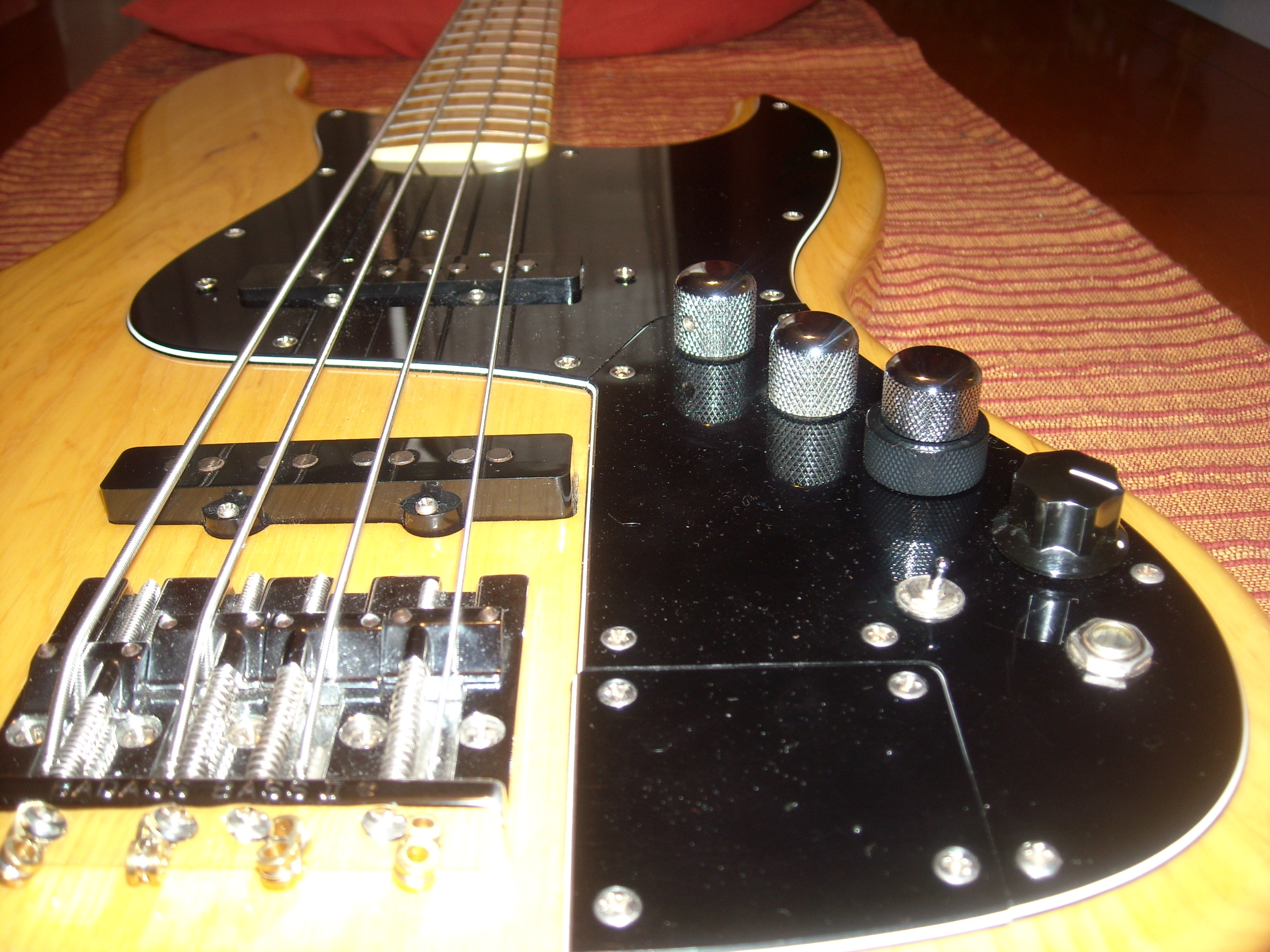 Circuito Jazz Bass Pasivo : Modificaciones fender jazz bass marcus miller signature bajos y