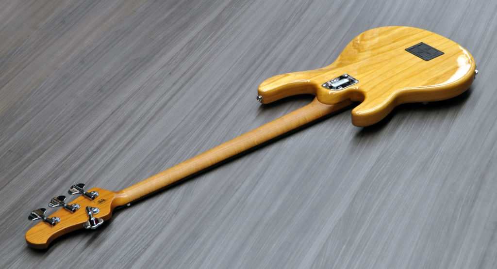 MusicMan Stingray 4 Special trasera